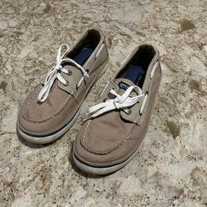 Kids Cruz sperry top siders size 2.5